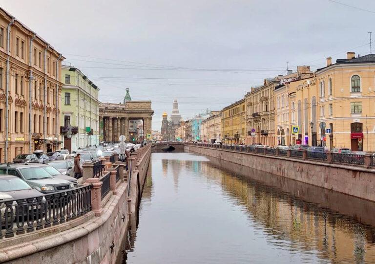 Kanal i Sankt Petersburg.