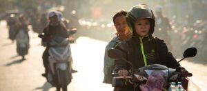 personer på motorcyklar