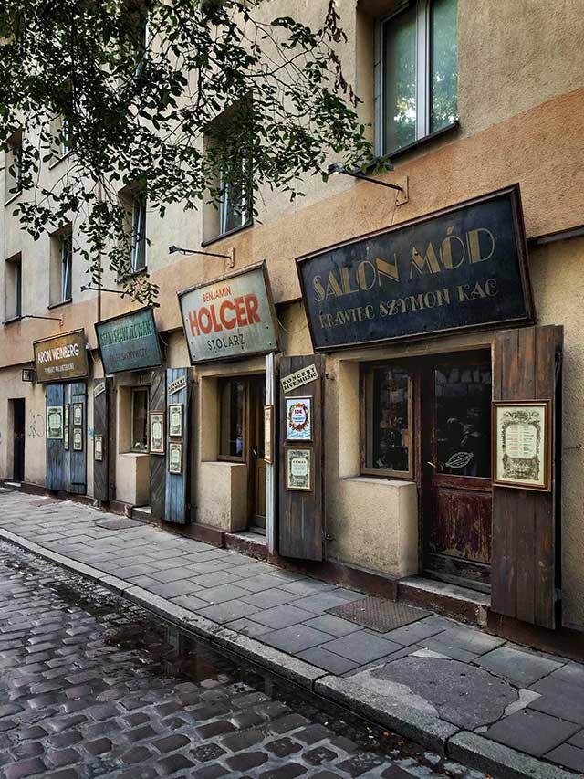 butiker med gamla skyltar