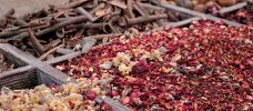 olika kryddor i lösvikt