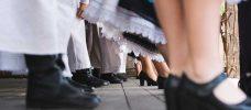 ben på människor som dansar